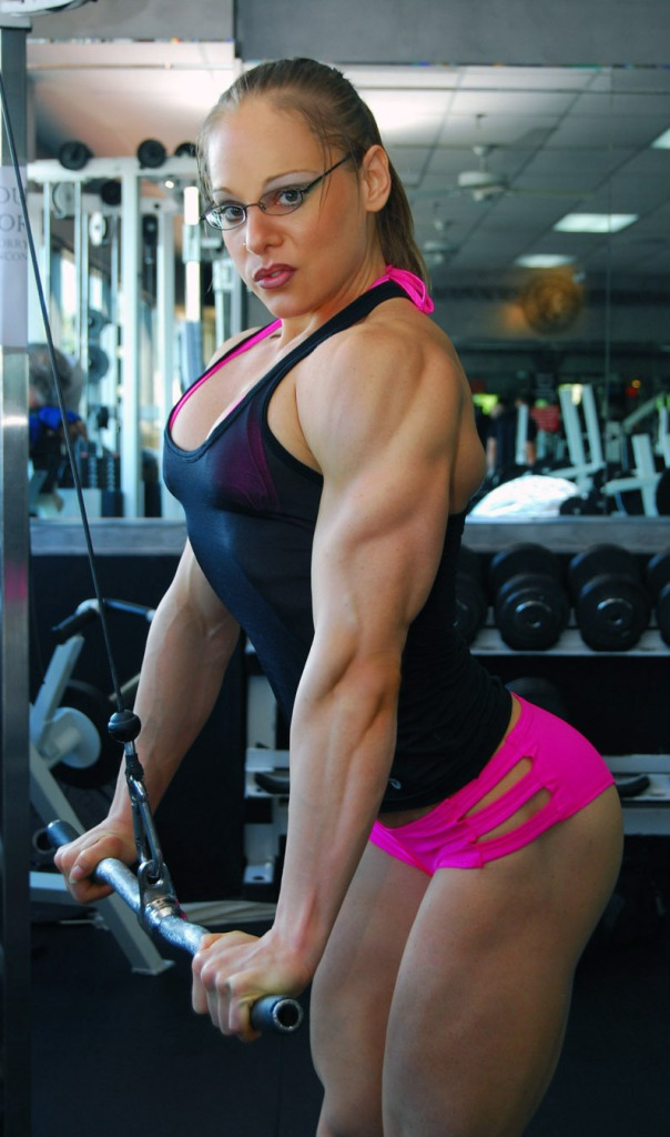 Monica Mollica working her triceps.