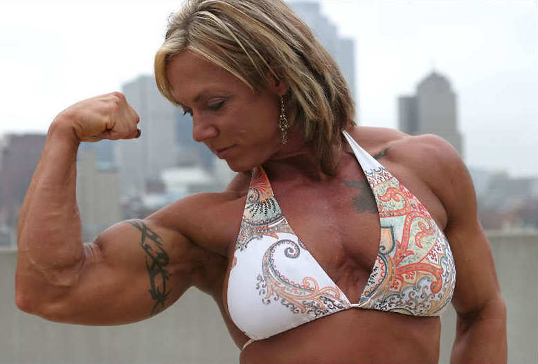 I leave you with an image of Brenda Smith flexing her amazing biceps.