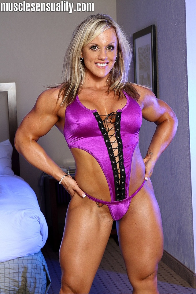 The Blonde Muscle Goddess Cindy Phillips.