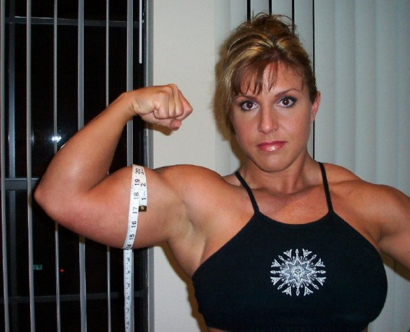 Can I measure the beautiful biceps of Gina Davis?