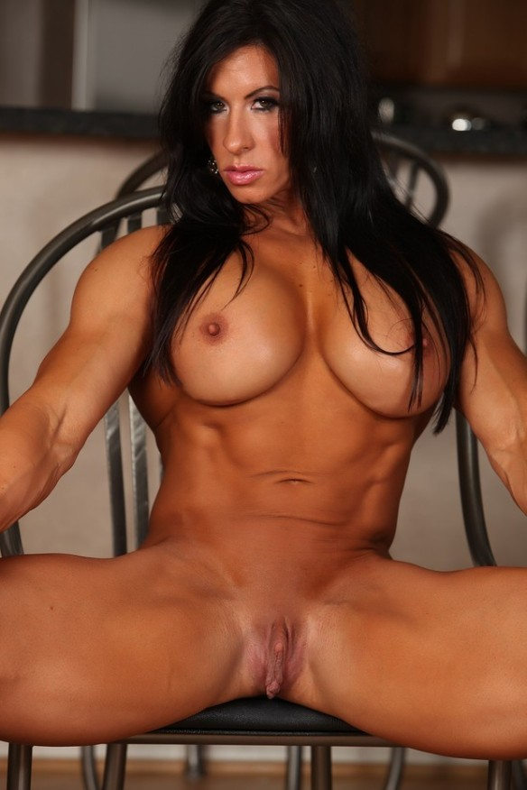 The Italian Muscle Goddess Angela Salvagno.