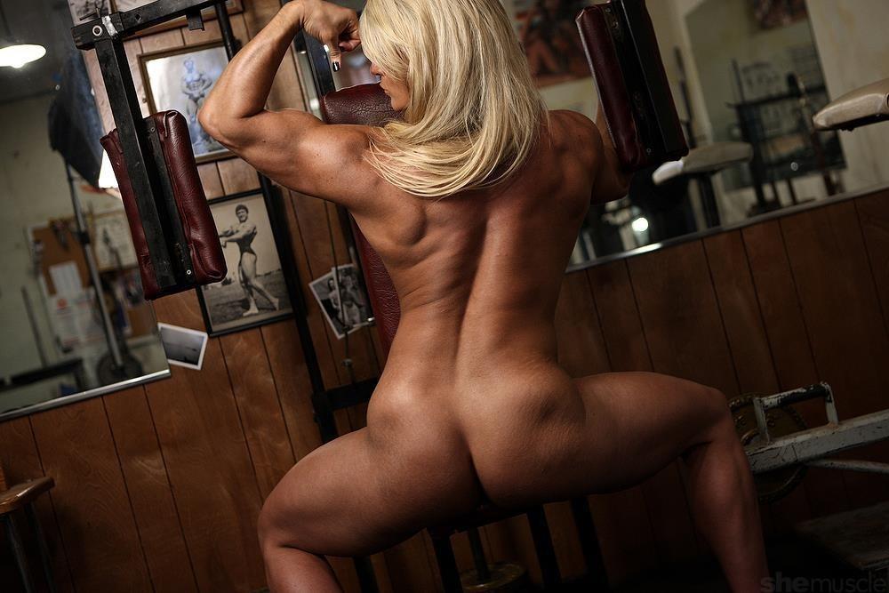 Femme bodybuilder et sexy - Video sur BonPorncom