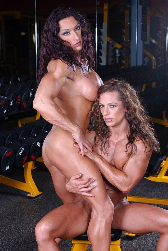 If I went to the gym and saw Autumn Raby and Nadia Nardi posing like this, I'd probably have a heart attack. Oh boy...