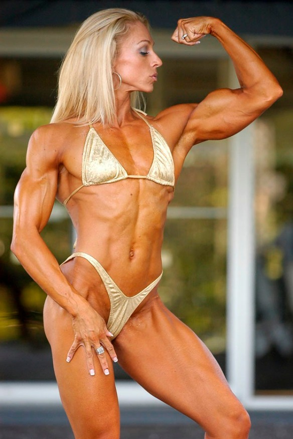 Also flexing her beautiful bicep is Mindi O'Brien.