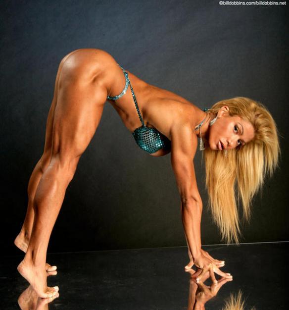 The gorgeous Brazilian female bodybuilder Flavia Crisos.