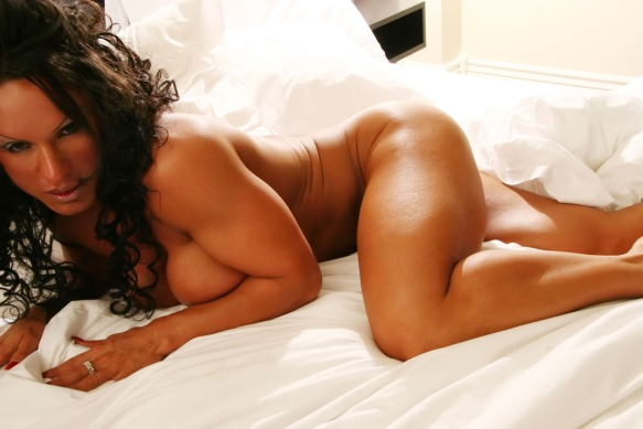 Who wants to go to bed with Rhonda Lee Quaresma?