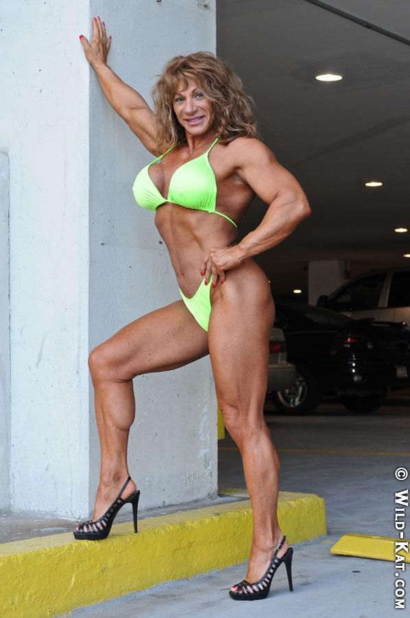 She can even sport a bikini!